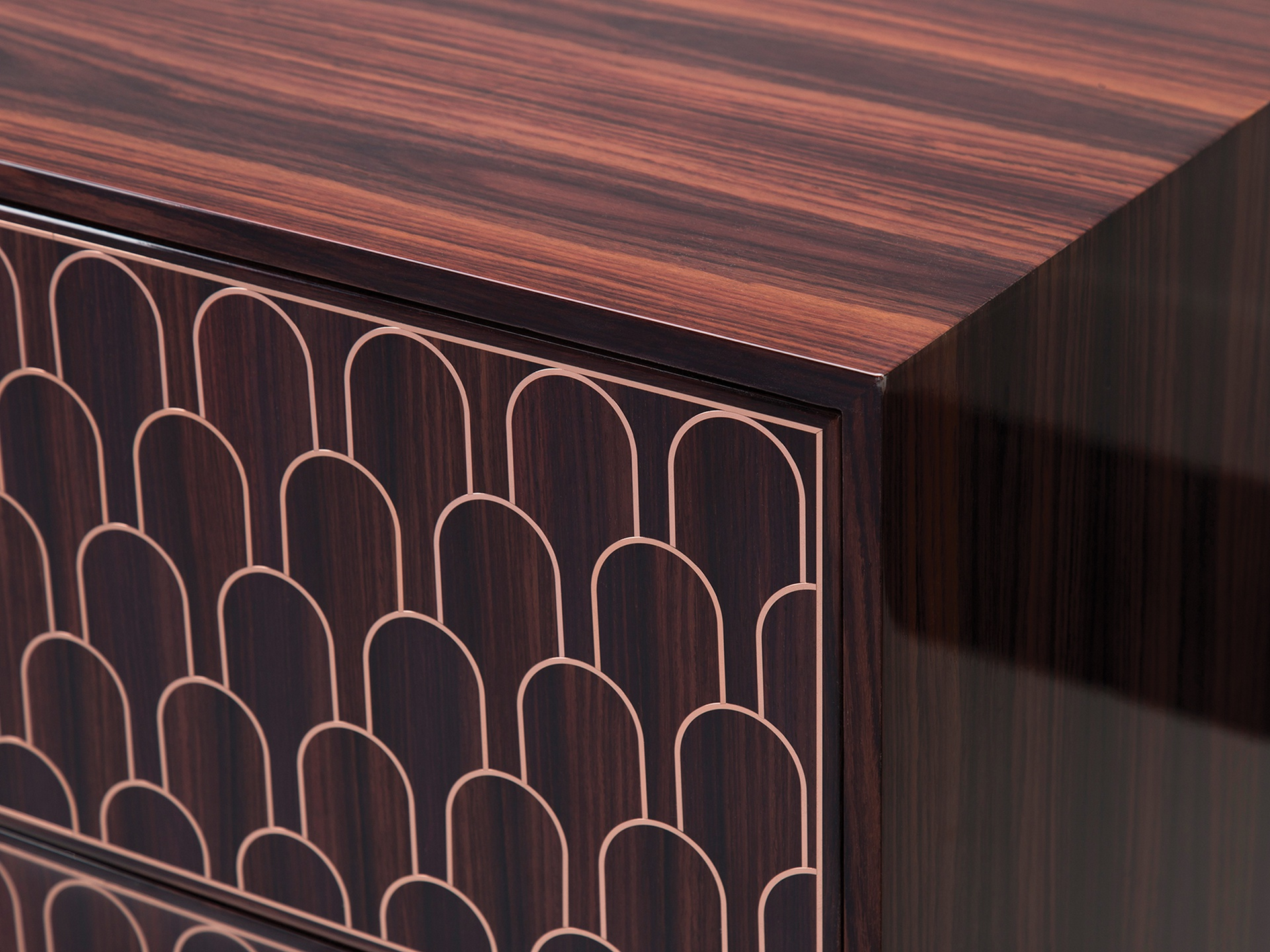 2100-03RW Detail