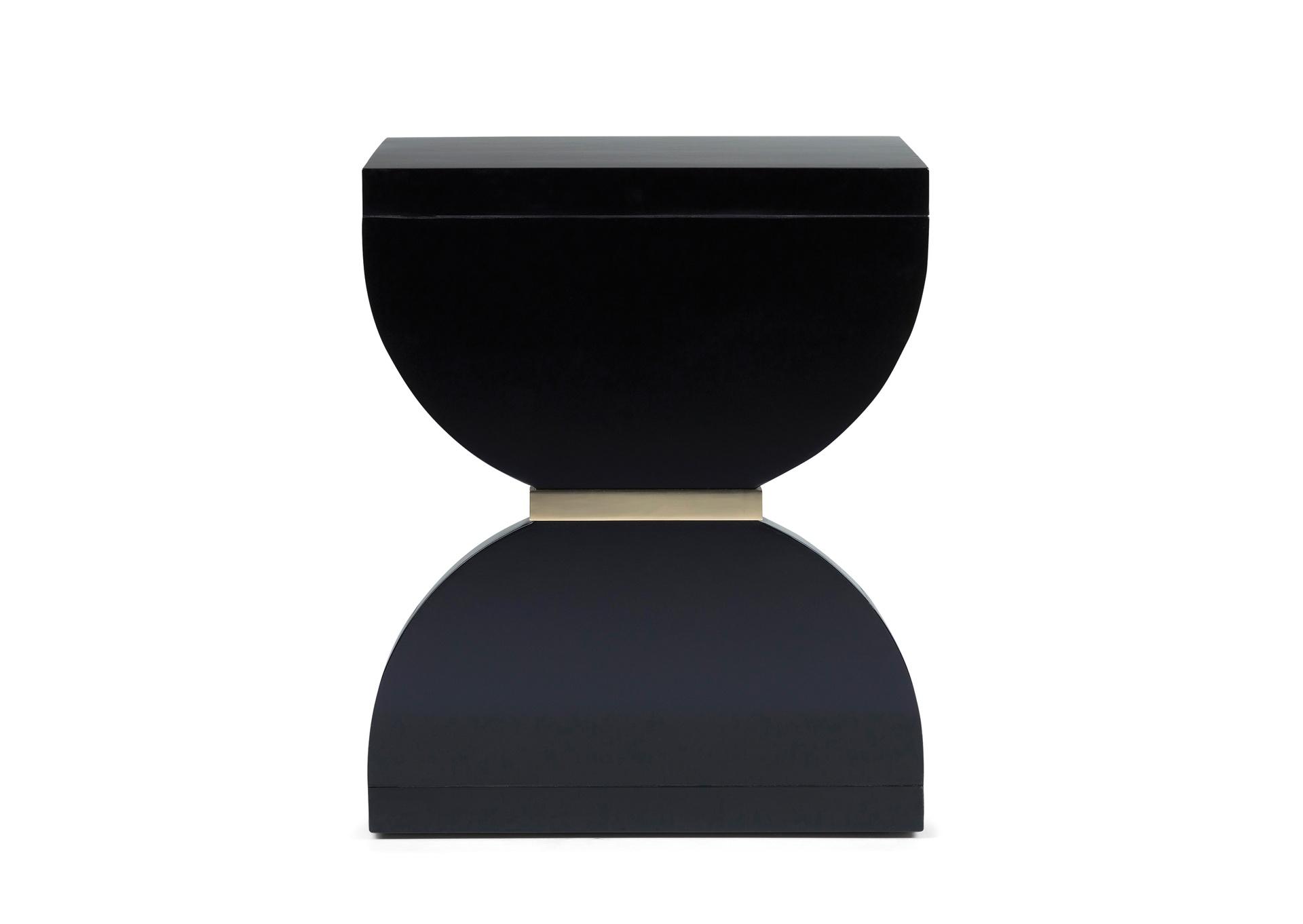Front - Black